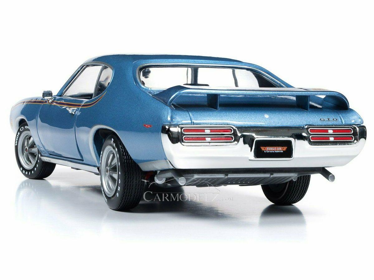Pontiac Gto Judje Coupe 1969 Light Blue Met AUTOWORLD 1:18 AMM1171-06 Model
